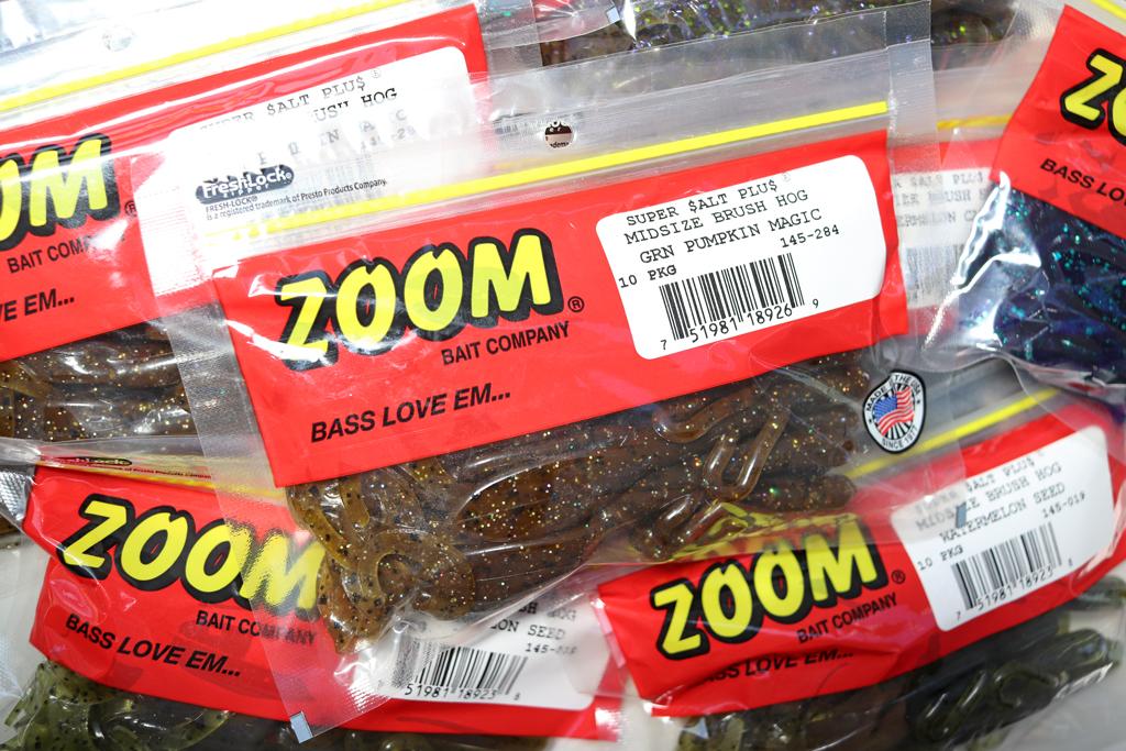 「ズーム / Zoom」のNew アイテム、『ミッドサイズ ブラッシュ ホグ / Midsize Brush Hog』