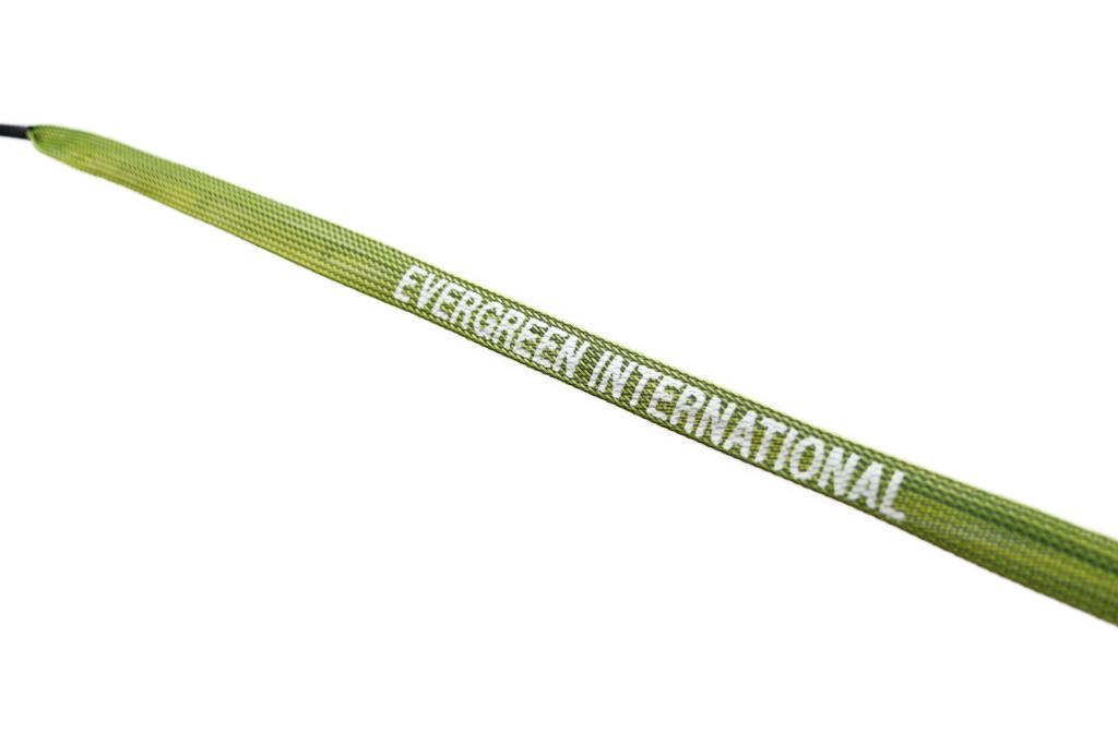 エバーグリーンのロゴが入ったティップ カバー付属。