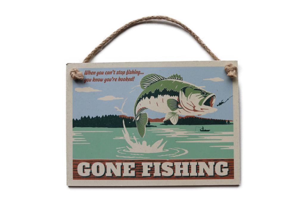「オープン ロード ブランド / Open Road Brands」の『ウッド サイン -Gone Fishing- / Gone Fishing Hanging Wooden Sign』