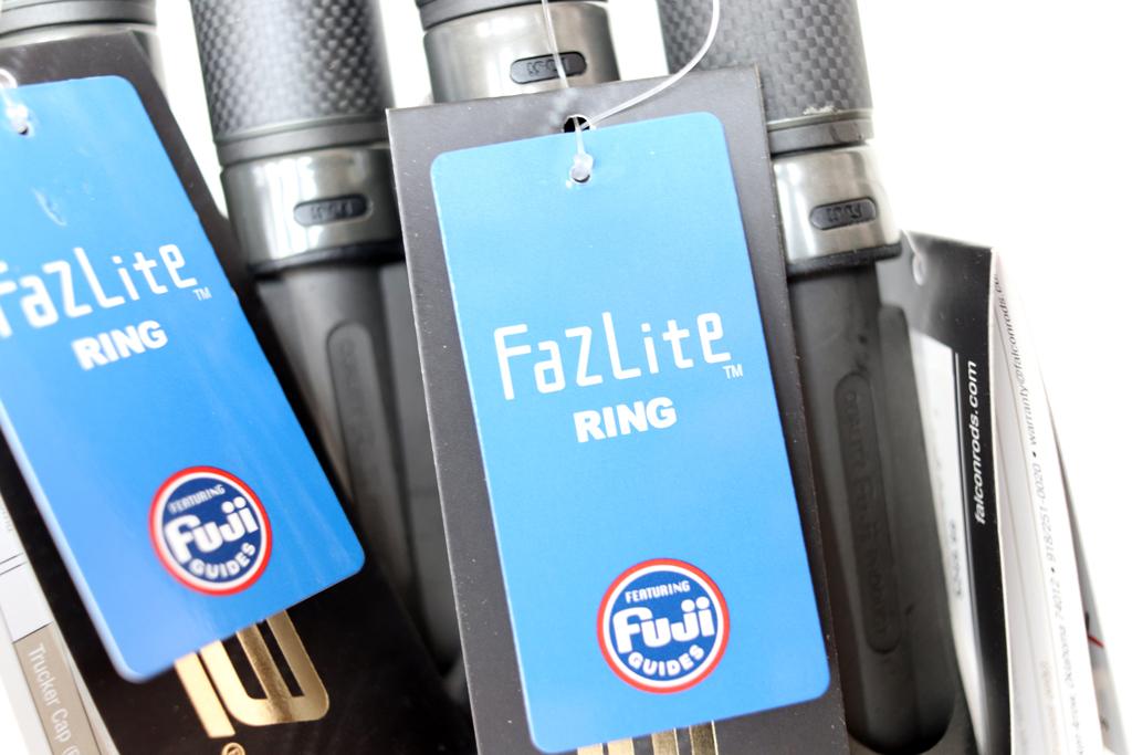 フジのK フレーム ガイド + 同じくフジのファズライト ガイド リングを採用。