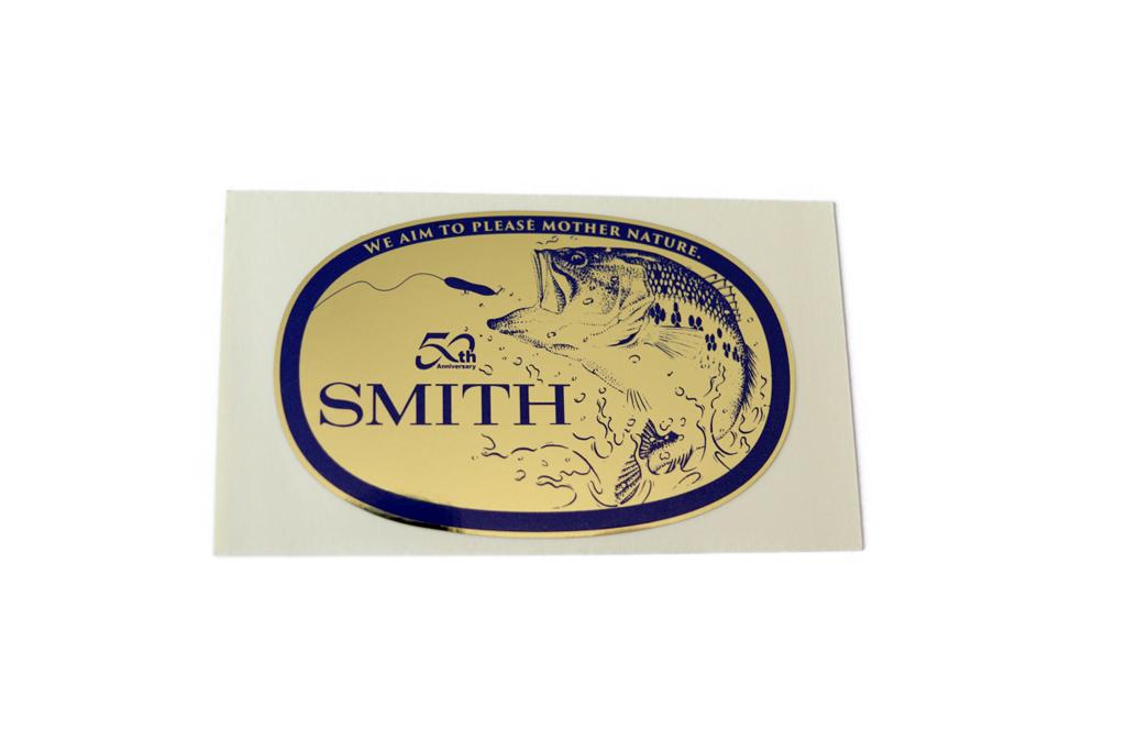 2021初回販売のみ、「スミス50周年記念ステッカー」入りです。