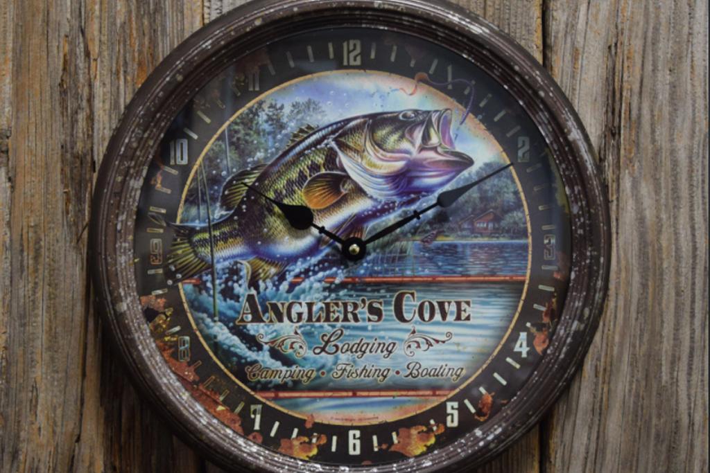 釣り好きなあなたのお部屋を・・・、この時計でお洒落に飾ってください。
