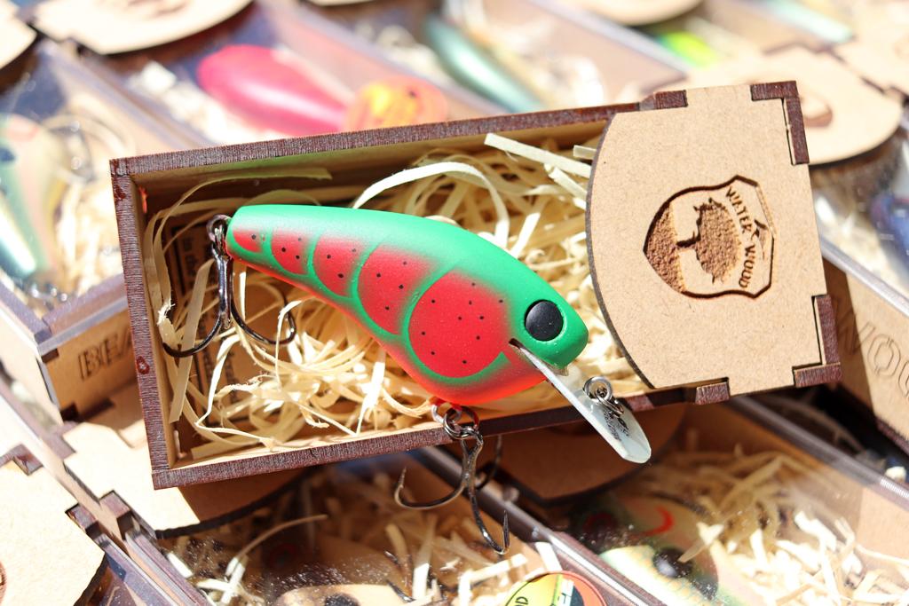 「ウォーター ウッド カスタム ベイツ / Water Wood Custom Baits」の『ビューティー ピッグ SMS / Beauty Pig SMS』