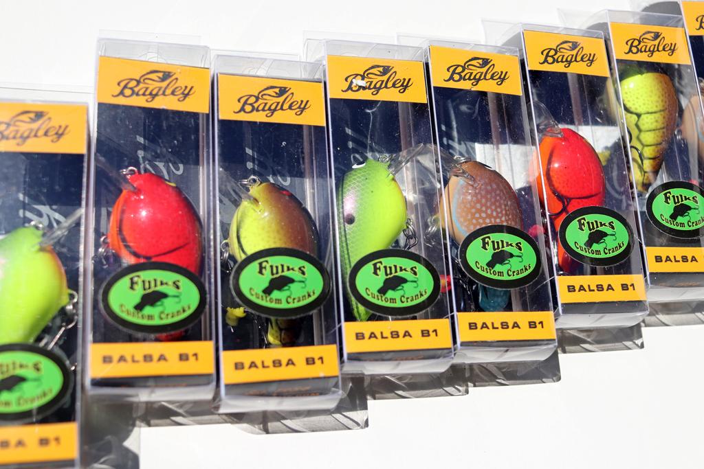 「バグリー × ファルクス カスタム クランク」の『バルサ B1 -リペイント- / Balsa B1』。