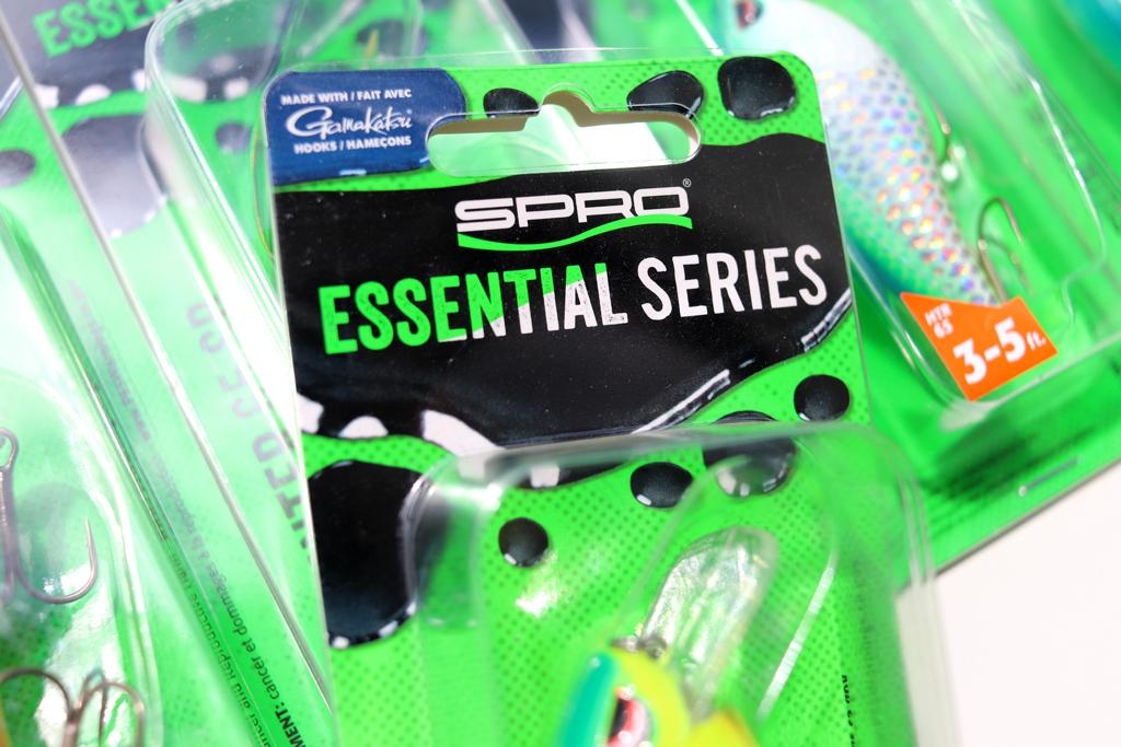 「アングラーなら持っておくべき必携ルアーを、リーズナブルな価格でリリースする」という、スプロの「エッセンシャル シリーズ / Essential Series」。