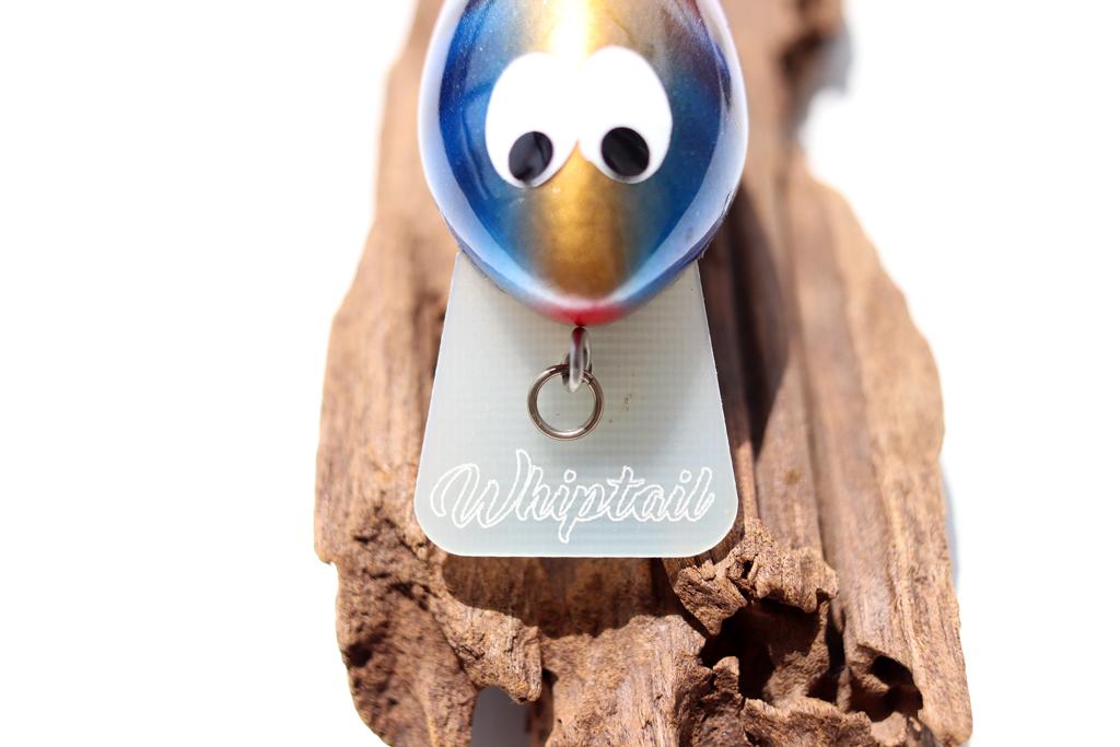 オーストラリアのビルダー「ウェイド ガーランド / Wade Garland」が作るウッド製クランクベイト『ウィップテイル ルアーズ / Whiptail Lures』。